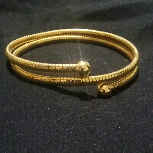 none Jewelry - gold tone adjustable arm band/bracelet